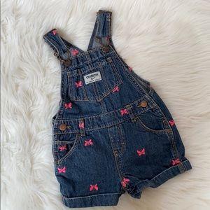 OshKosh pnk butterfly overall jean shorts size 18m